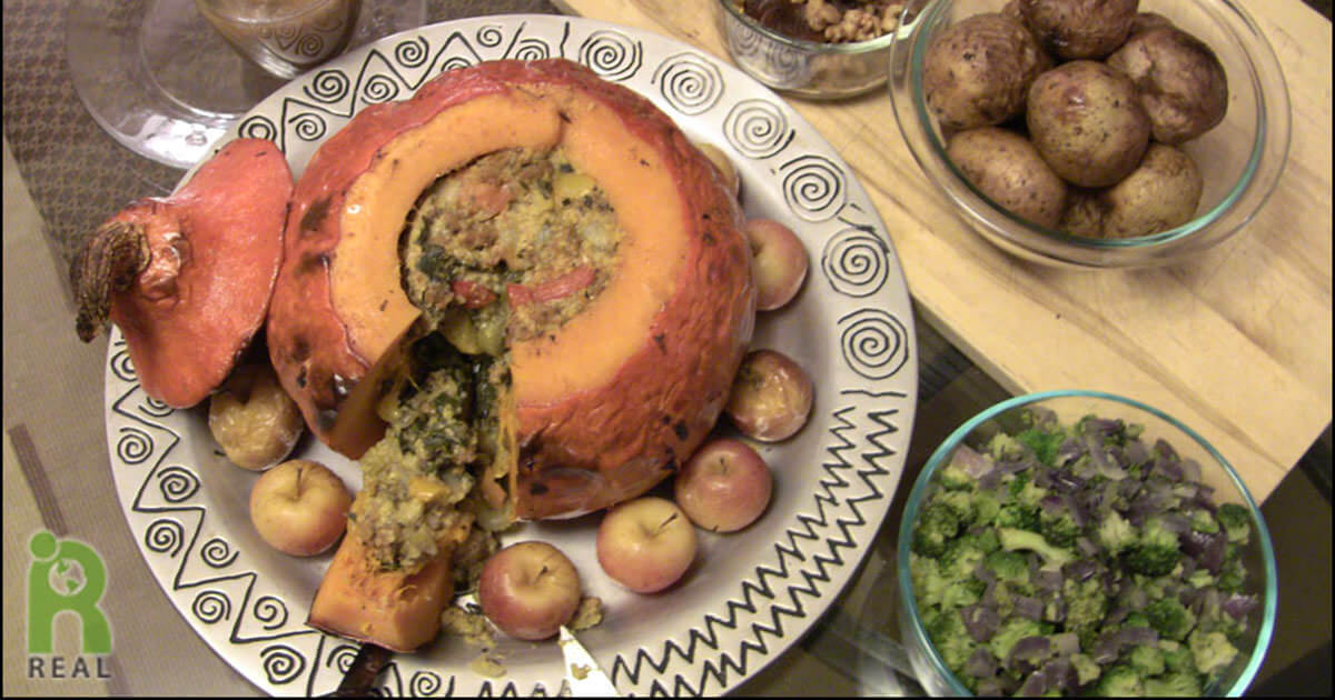 Plant-Based Thanksgiving Recipe for Stuffed Squash