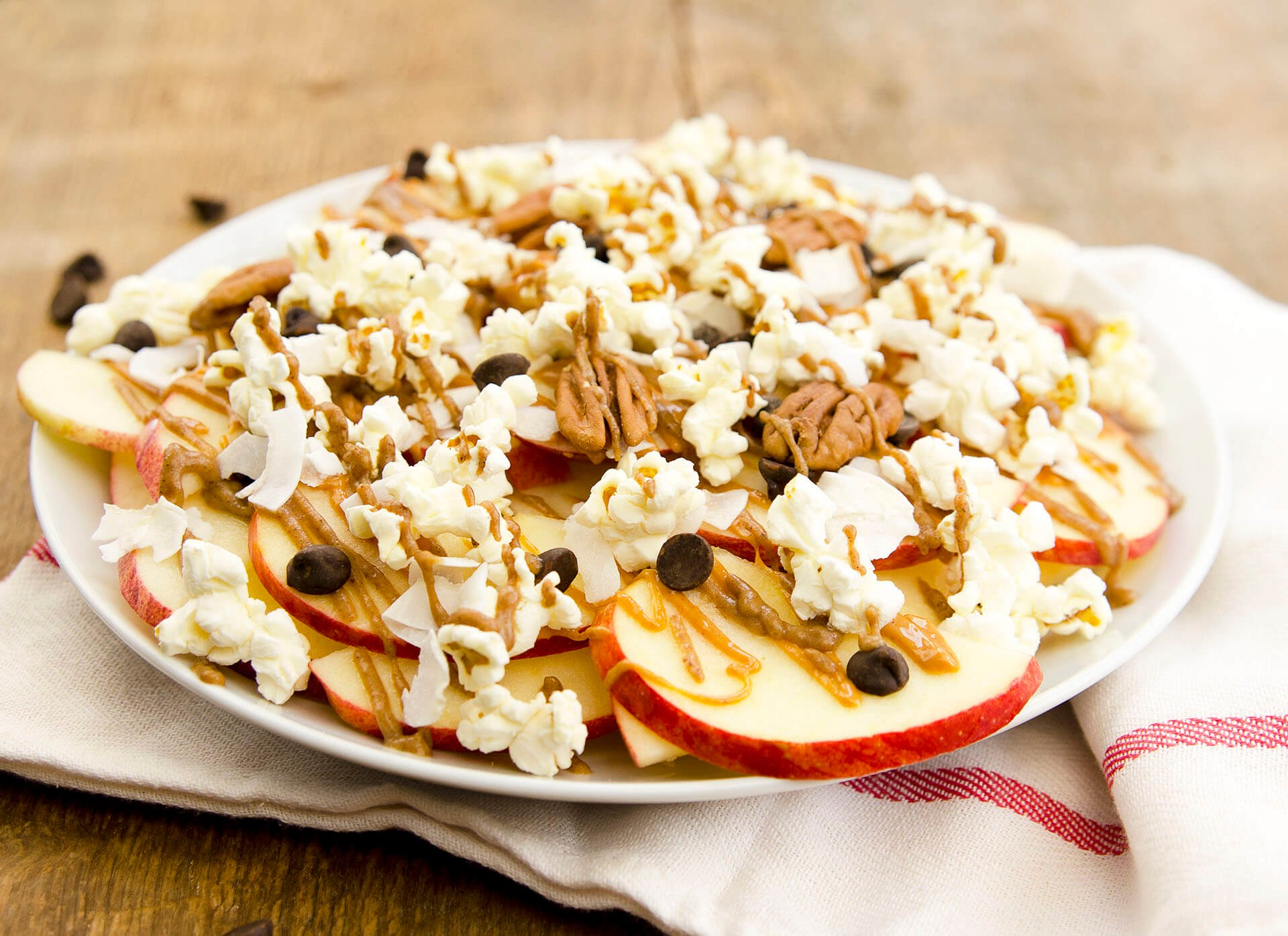 apple nachos supreme on plate