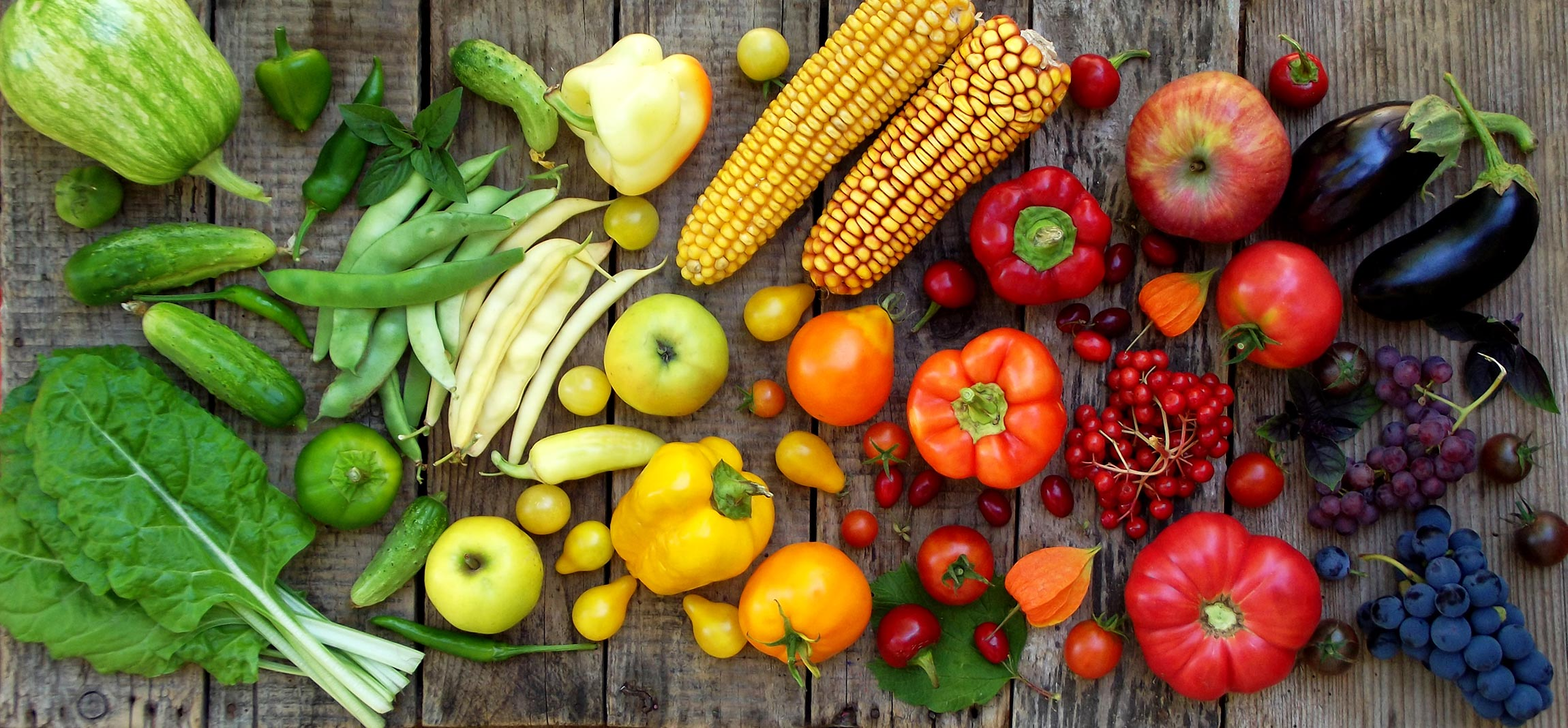 Rainbow of fruits and veggies