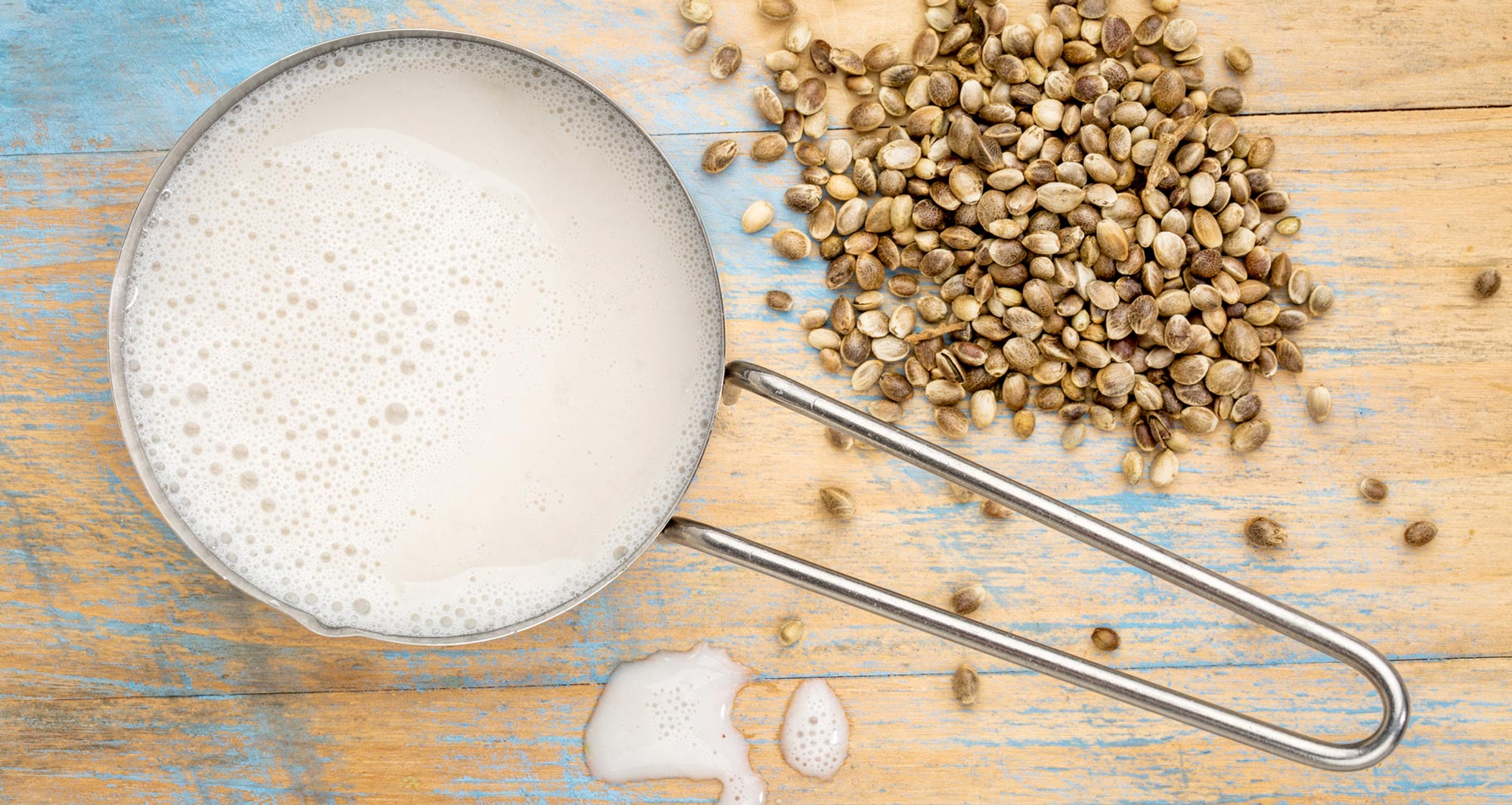 hemp milk and seeds