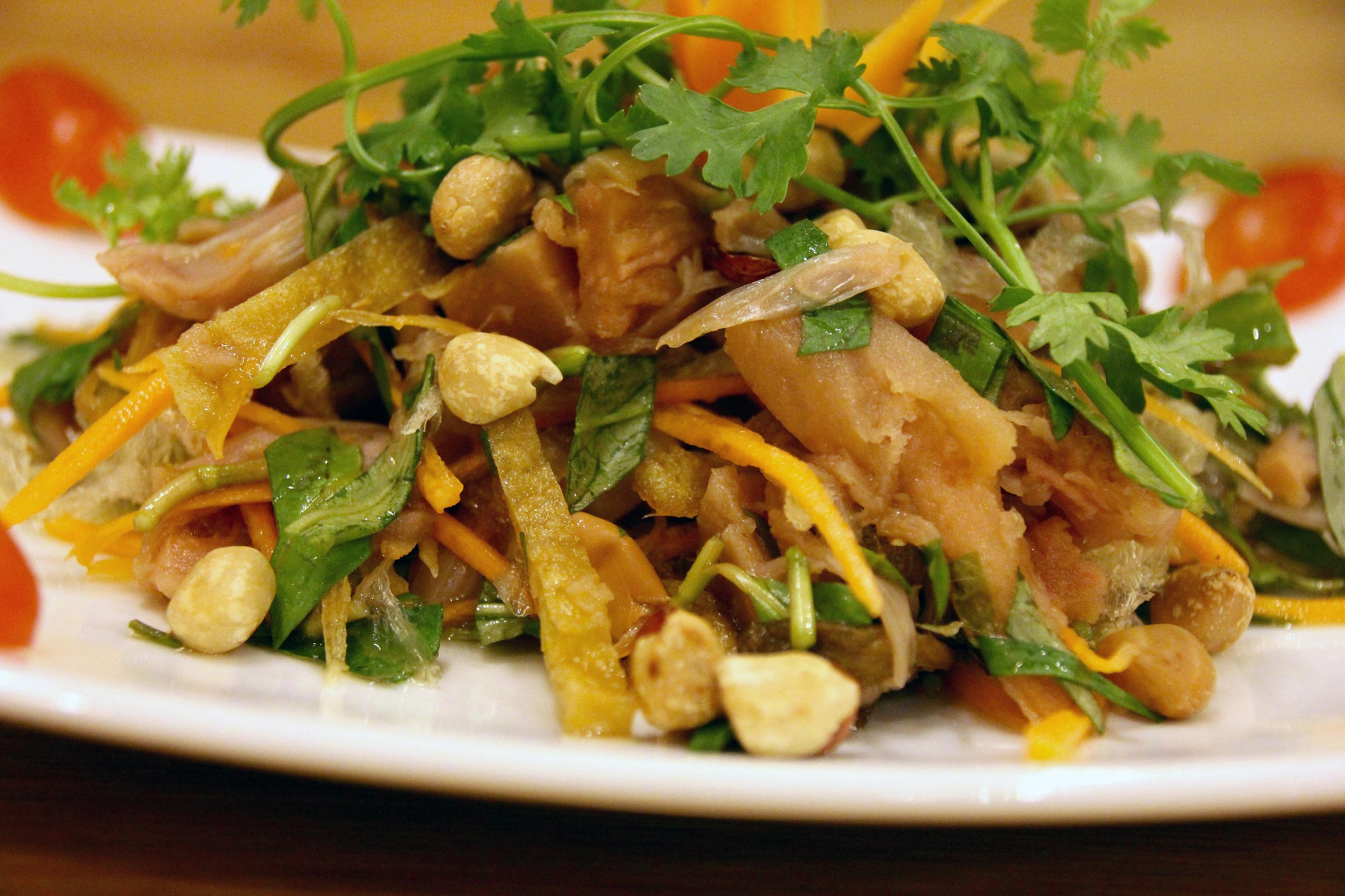 Pulled jackfruit salad