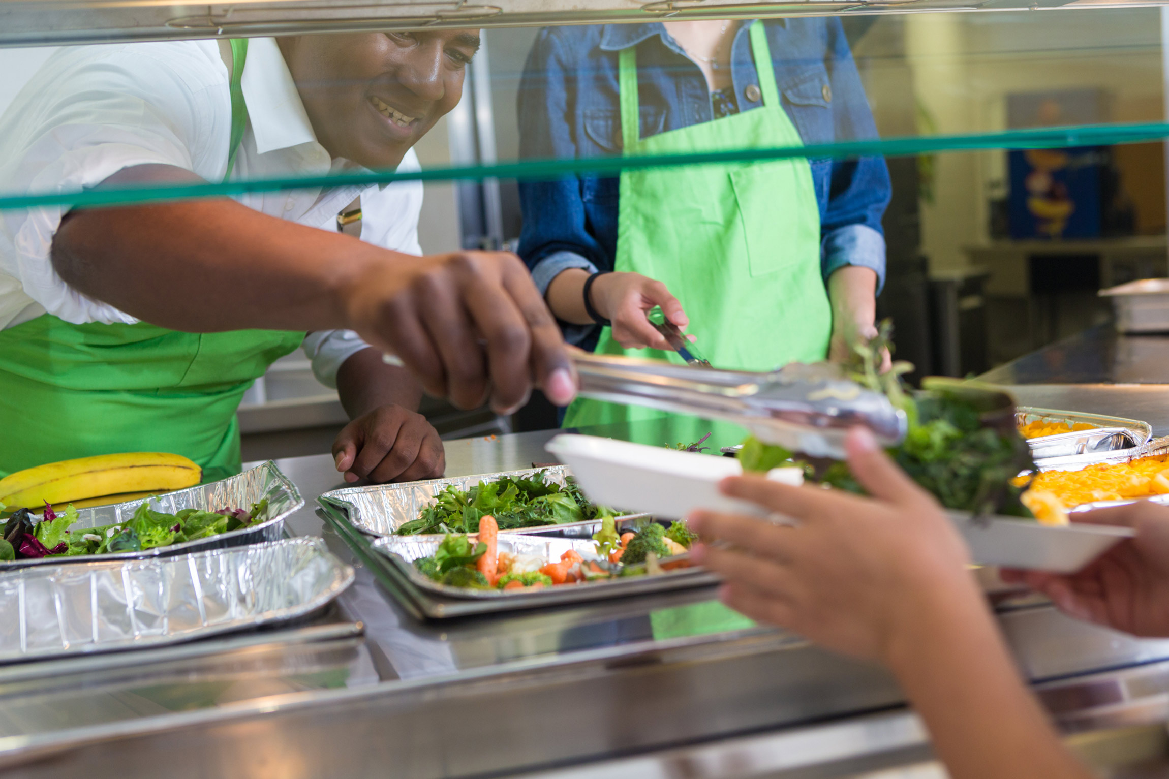 10 Ways School Lunch in America Is Improving: Salad Bars