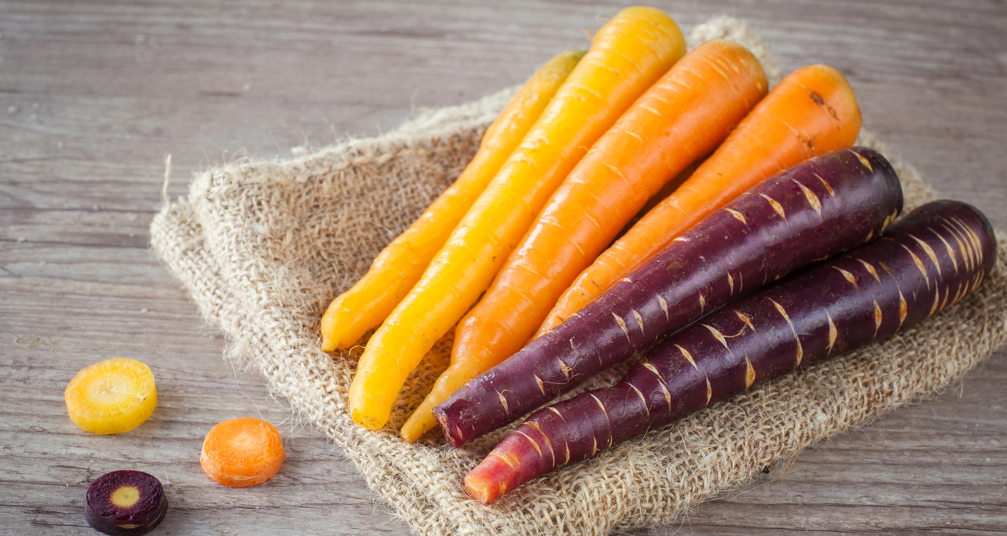 orange and purple carrots