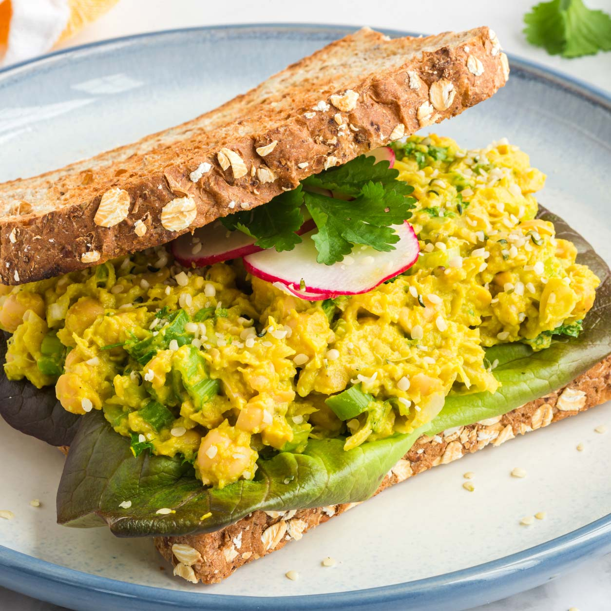 Easy plant based recipes: Chickpea Avocado Salad