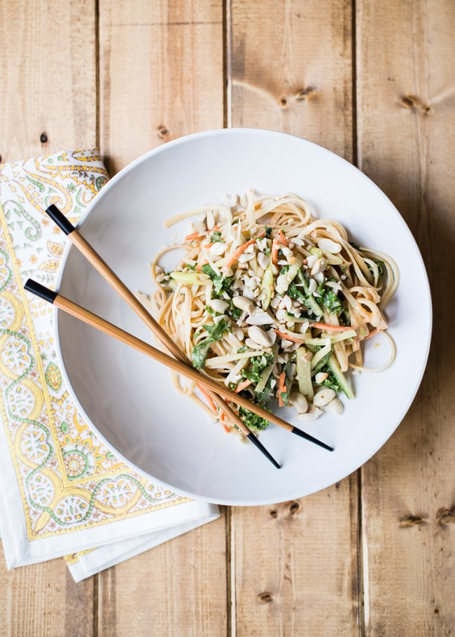 Healthy Lunch Recipes: Sweet and Spicy Cold Peanut Noodles