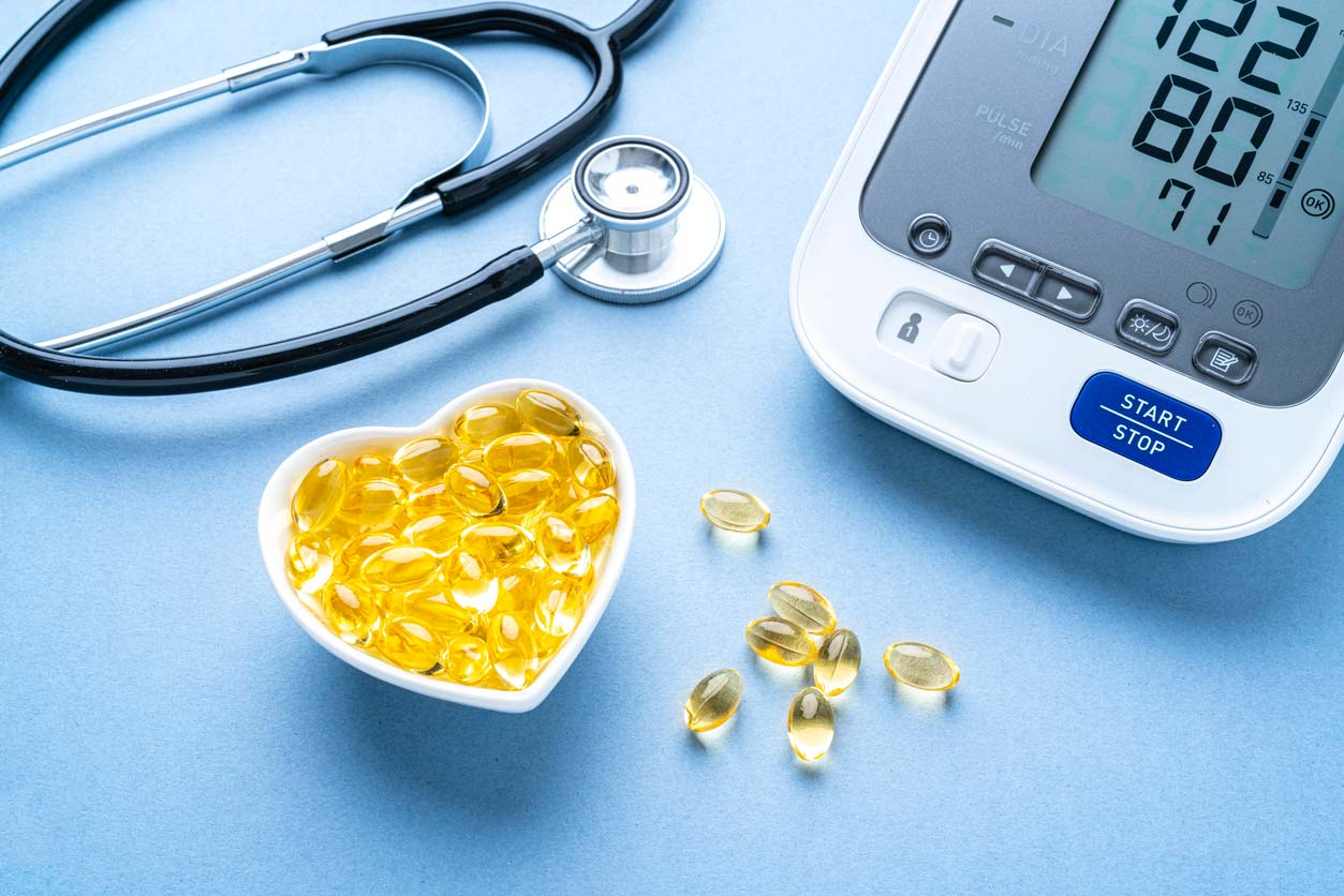 omega-3 fish oil pills and blood pressure monitor
