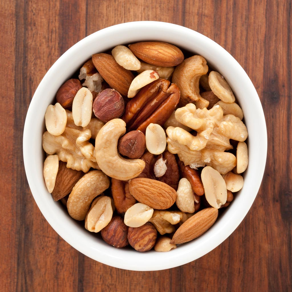 healthy snack idea: bowl of mixed nuts