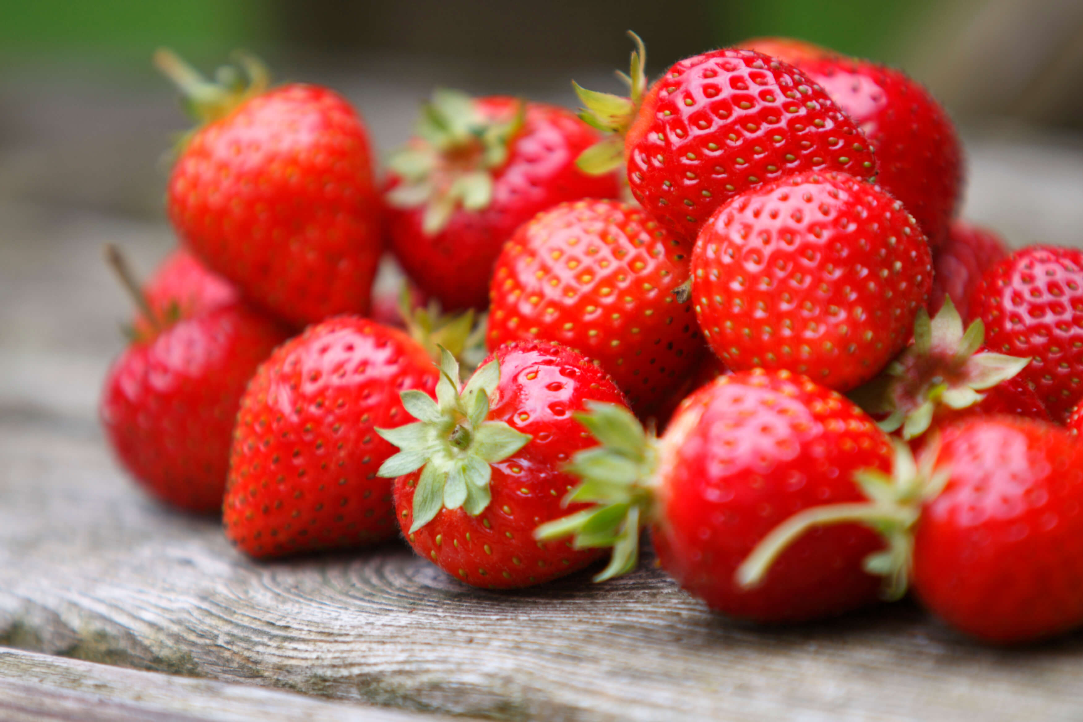 Spring vegetables and fruits: strawberries