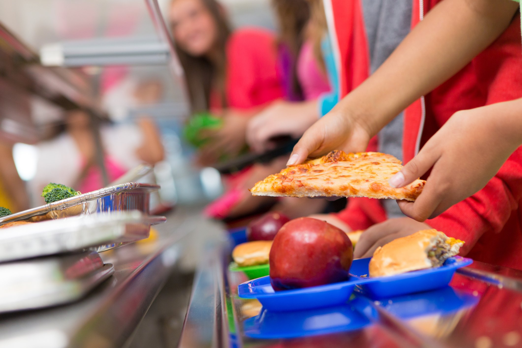 school lunch programs: 4 resources to improve school lunches