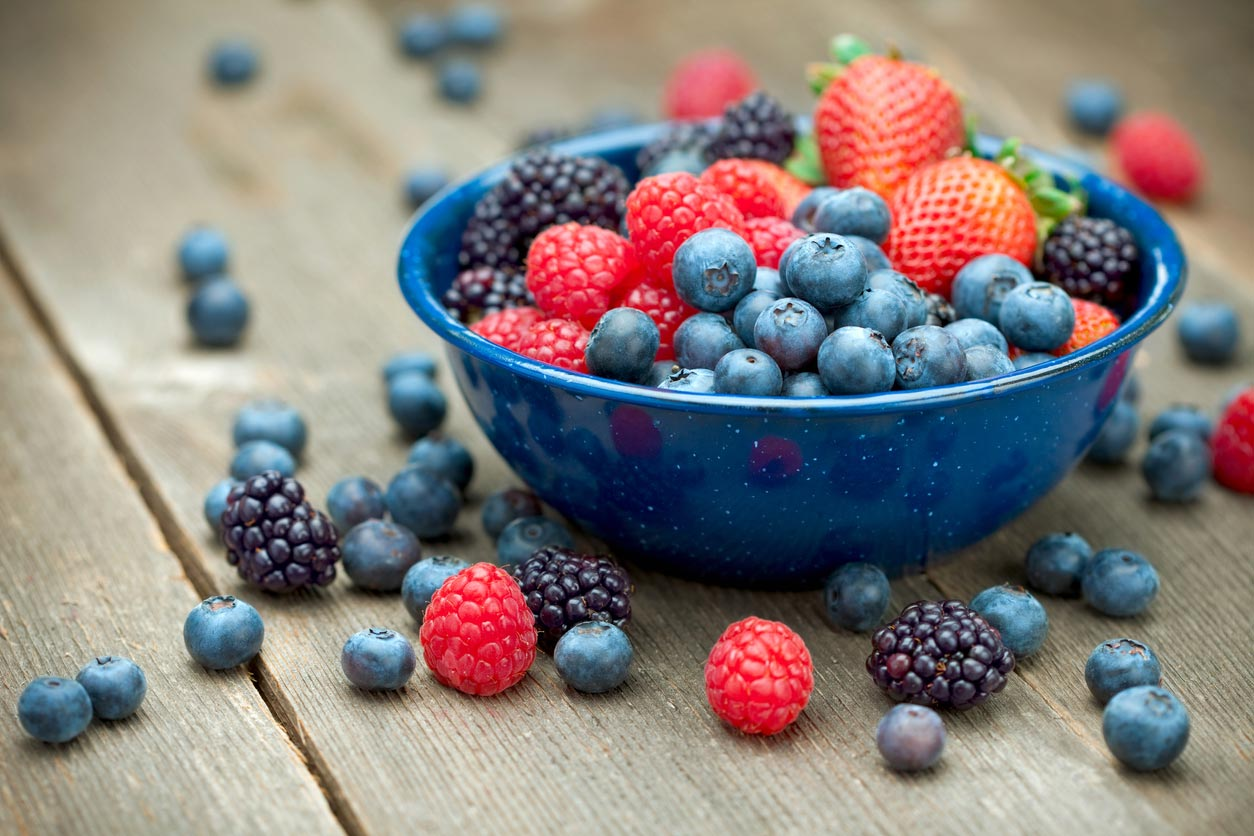 healthy snack idea: mixed organic berries