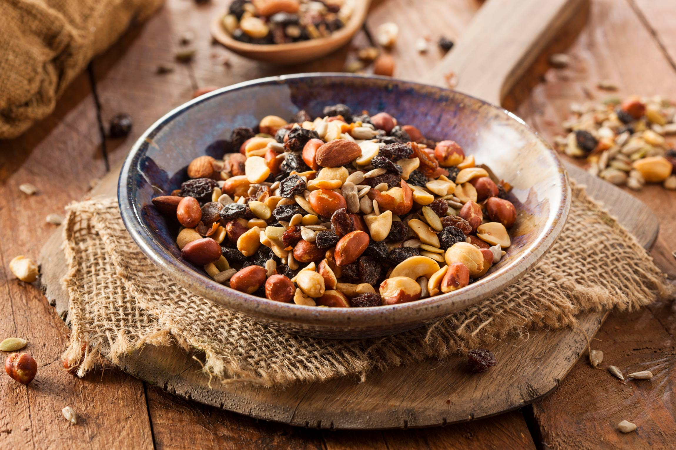 Healthy Snack Recipes: Trail Mix