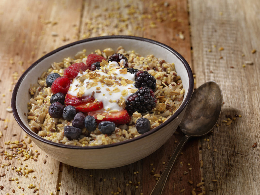 Healthy breakfast ideas: Oatmeal with berries and plant-based yogurt