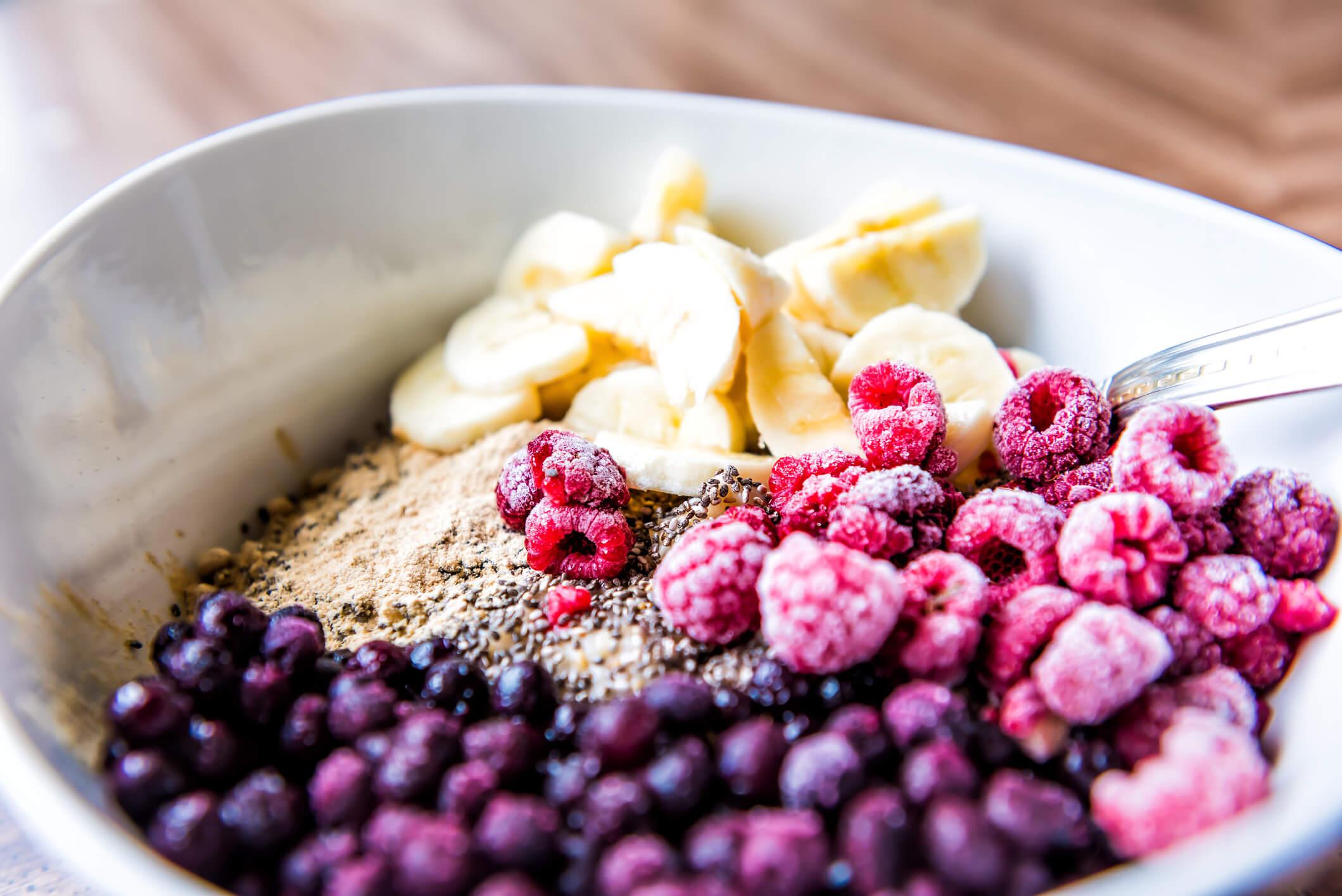 maca root berry bowl