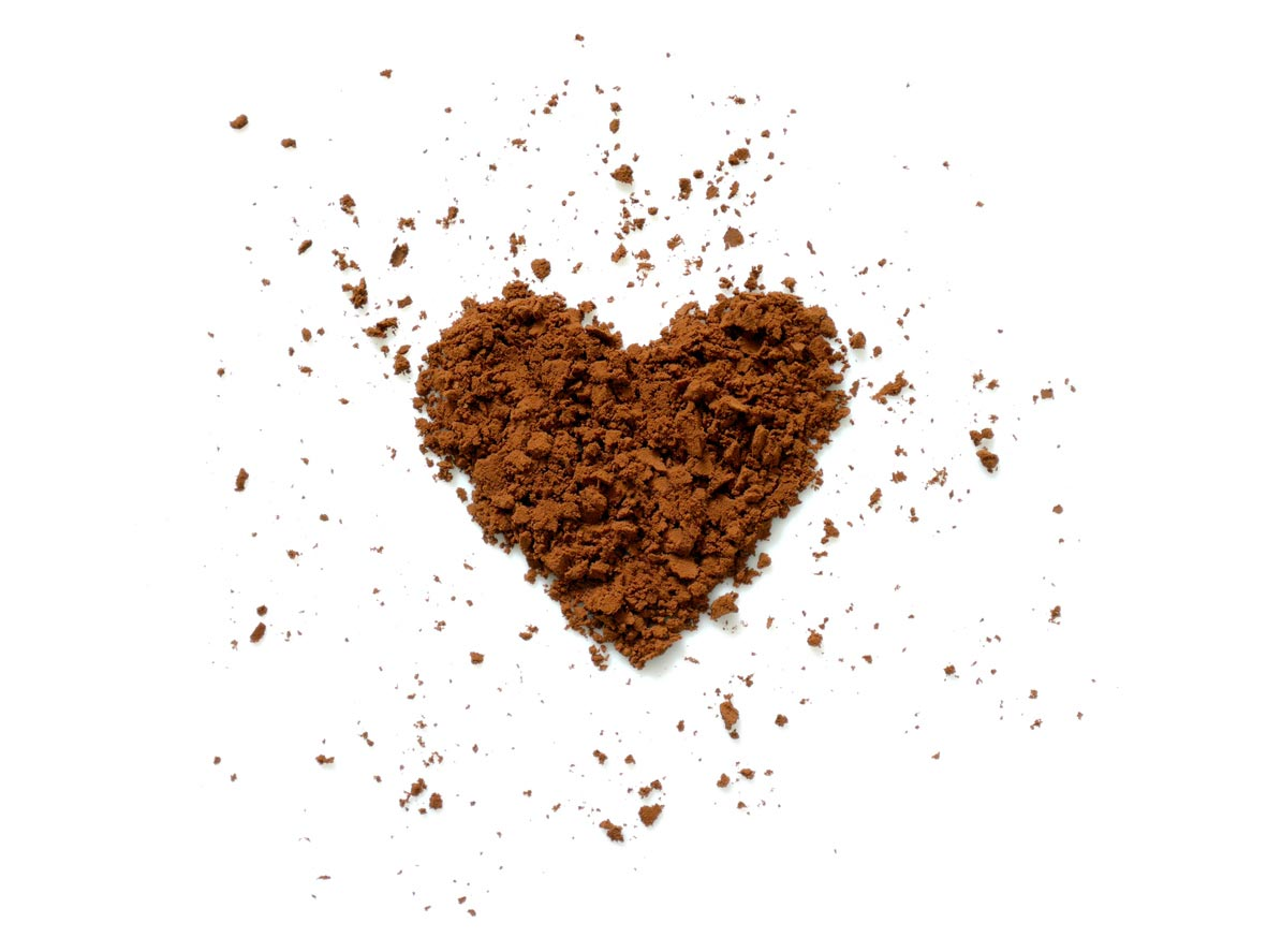 cocoa powder in heart shape