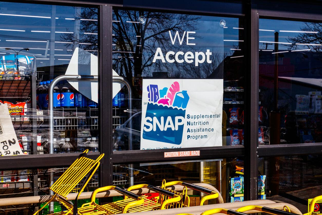 a sign at a retailer we accept SNAP