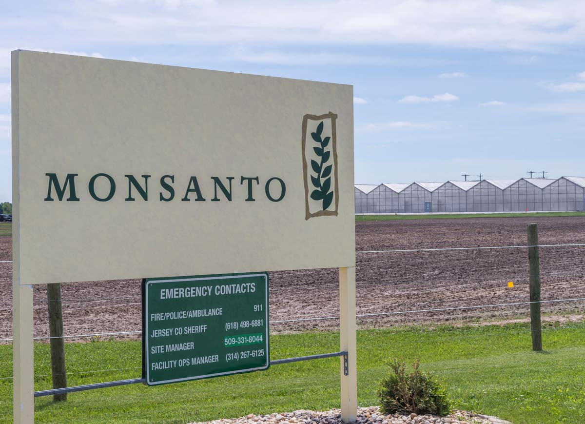 monsanto signage outside of facility