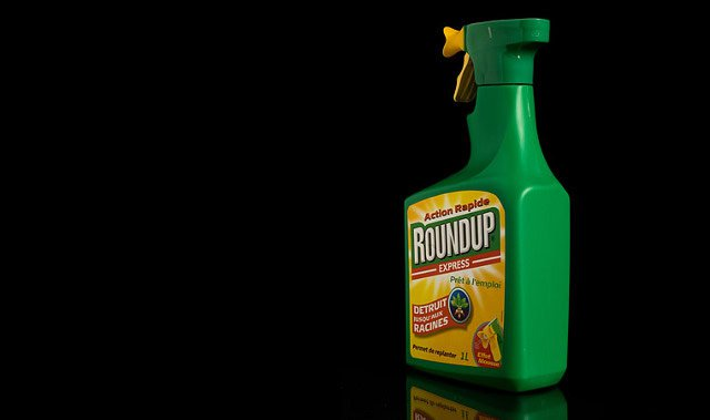 roundup-glyphosate-kills-gut-bacteria-causes-disease