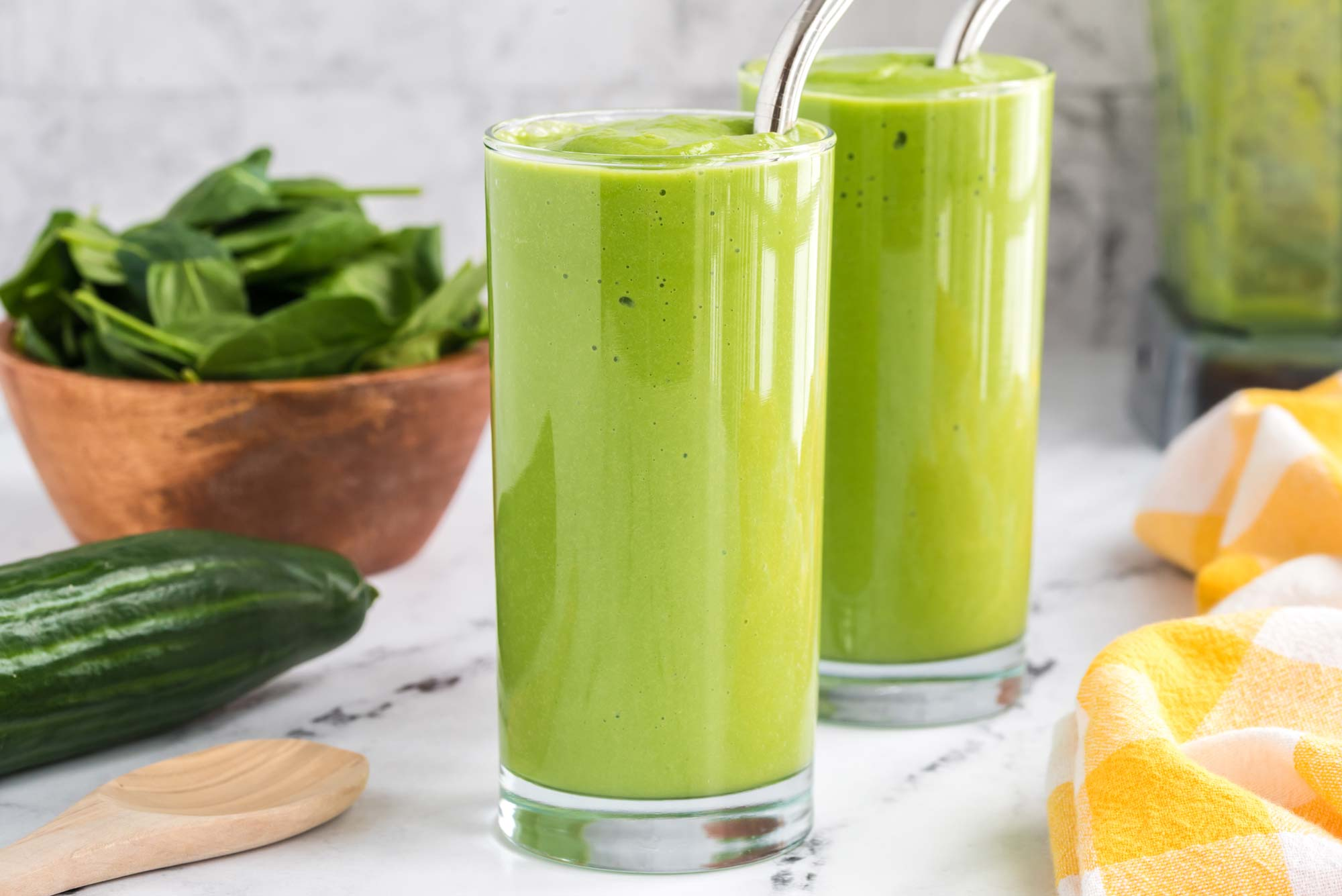 salad smoothie in a glass
