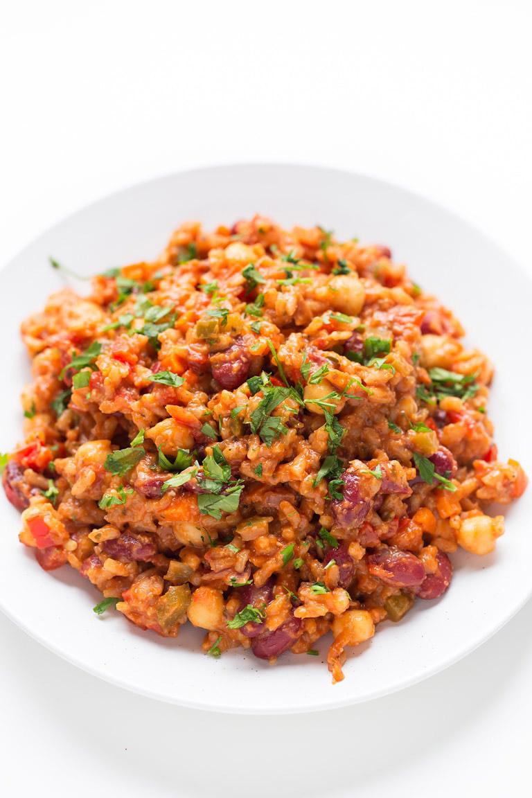 vegan jambalaya in bowl