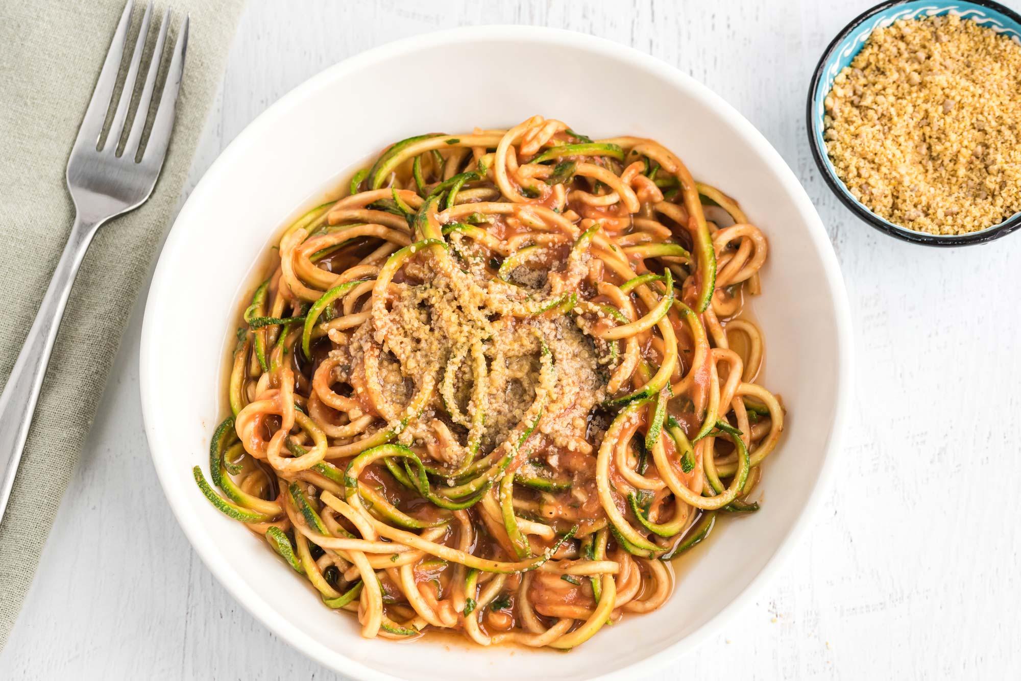 zucchini noodles with raw marinara sauce
